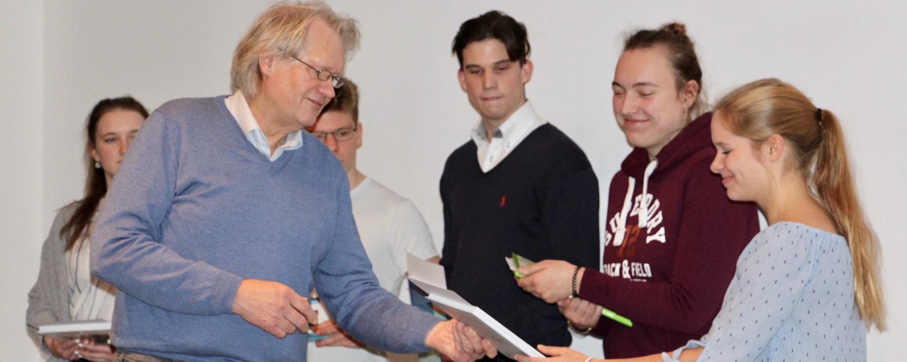Gleich Drei GAG-Schüler Präsentieren Facharbeiten Im Landesmuseum