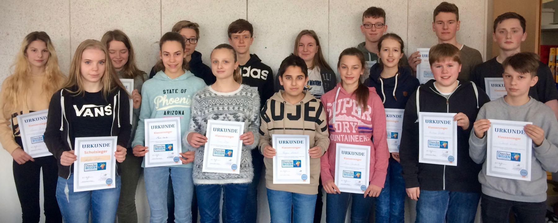 Amelie Waden (10a) ist GAG-Schulsiegerin des Diercke Wissen Geographiewettbewerbs 2018