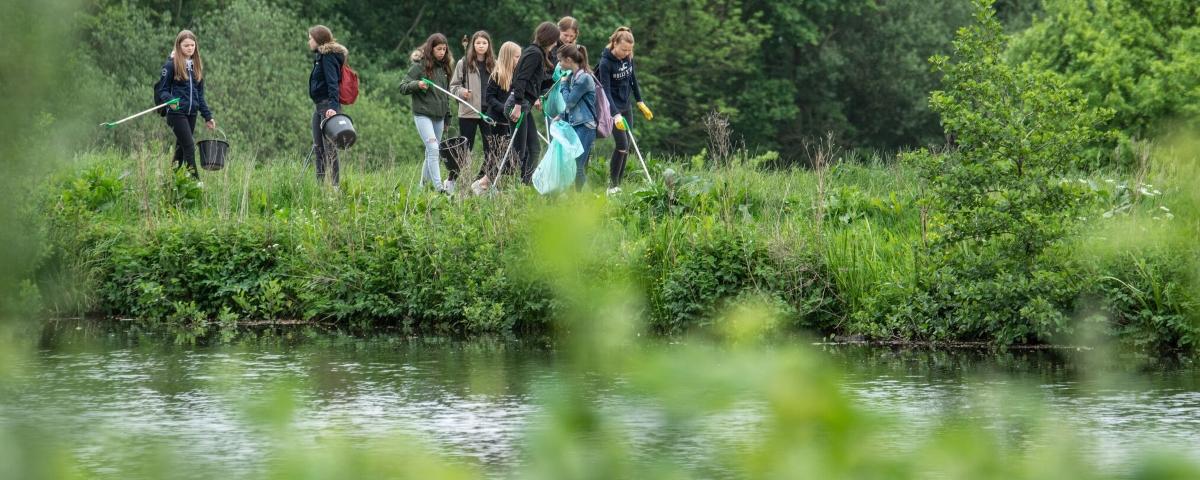 Unser Wandertag: aktiver Gewässerschutz