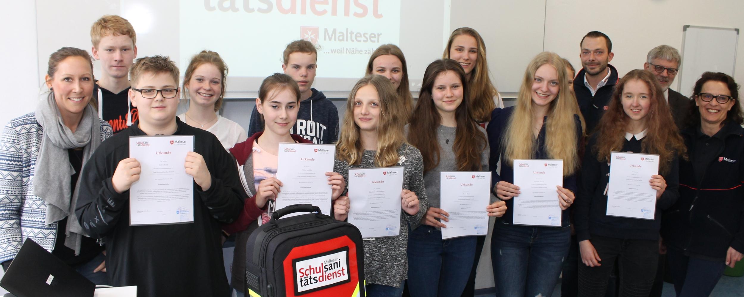 Neue Schulsanitäter Für Das Landkreisgymnasium