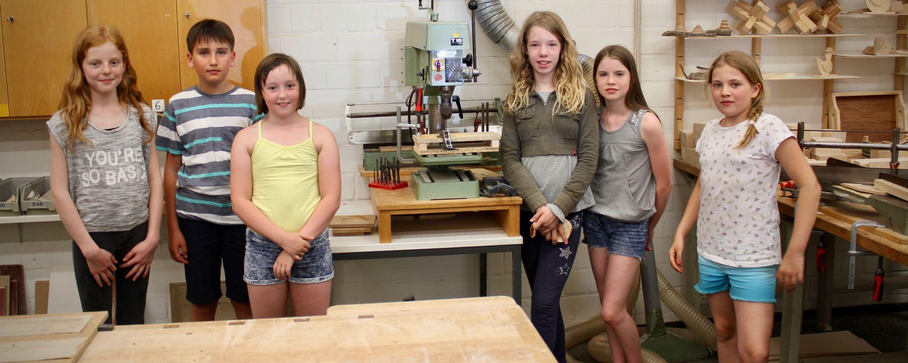 Einsatz trotz Hitzefrei – Holz-AG zu Gast an der Universität Oldenburg