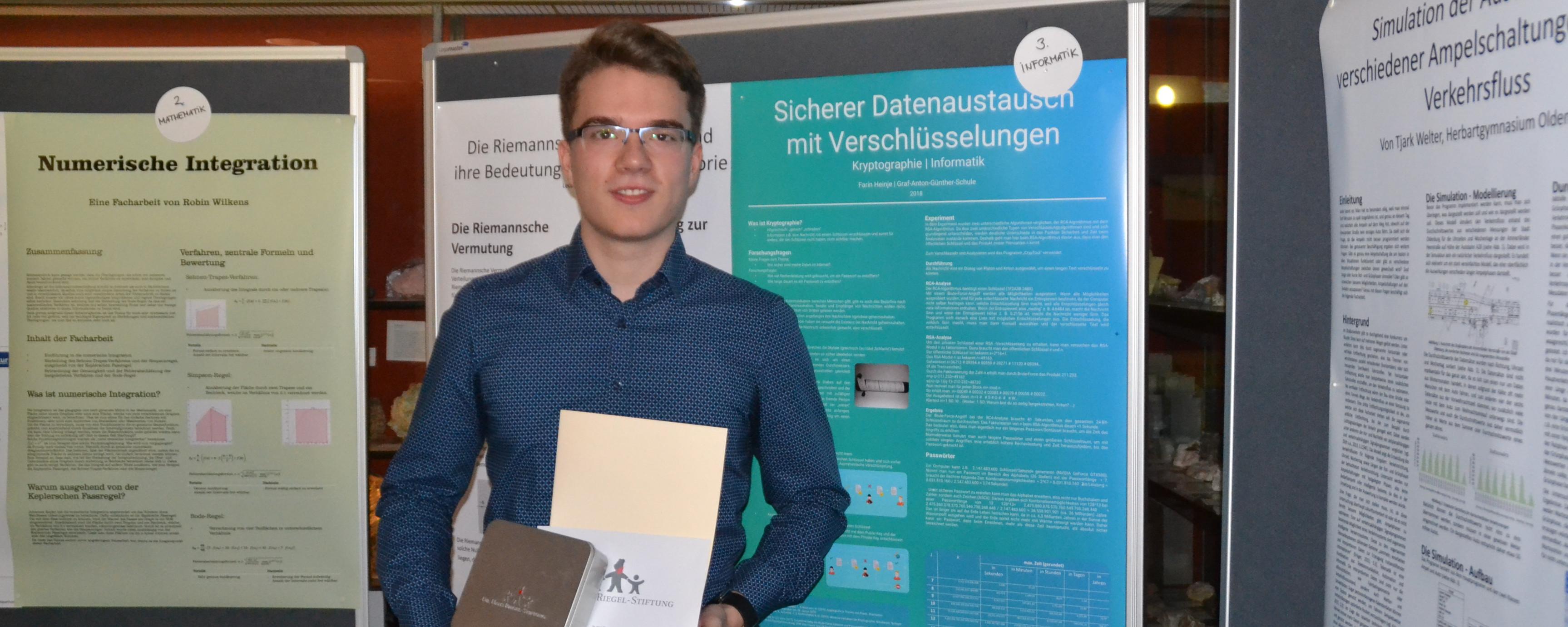 Johanna Holberg Und Farin Heinje Gewinnen Preise Beim Facharbeiten-Wettbewerb Der Dr. Hans Riegel-Stiftung